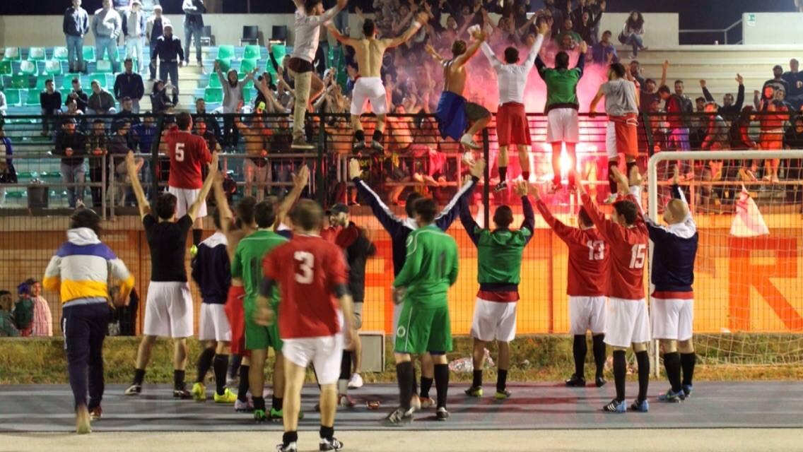 ideale - Ideale Bari: una meravigliosa stagione di calcio popolare